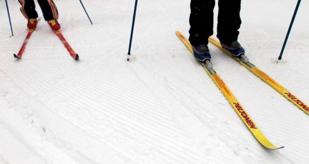 Hiihtokoulu/vapaa hiihtotyyli