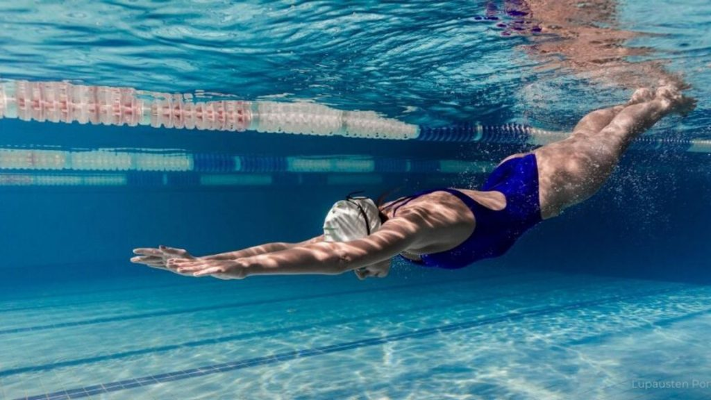 Uimahallikyyditys Juvan Sampolaan